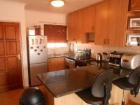 Kitchen - 11 square meters of property in Theresapark