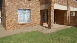 2 Bedroom 1 Bathroom Simplex for Sale for sale in Theresapark