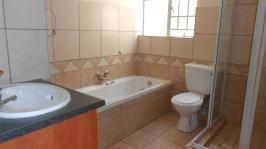 Bathroom 1 - 7 square meters of property in Theresapark