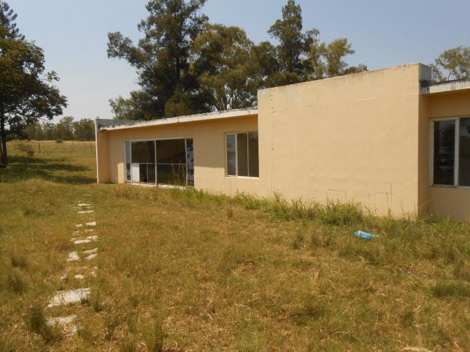Farm for Sale For Sale in Pretoria Rural - Private Sale - MR124443