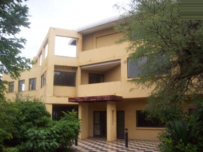 Standard Bank Repossessed 6 Bedroom House for Sale For Sale in Northcliff - MR12445