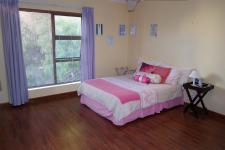 Bed Room 3 - 27 square meters of property in Durbanville