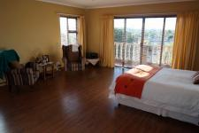 Main Bedroom - 33 square meters of property in Durbanville
