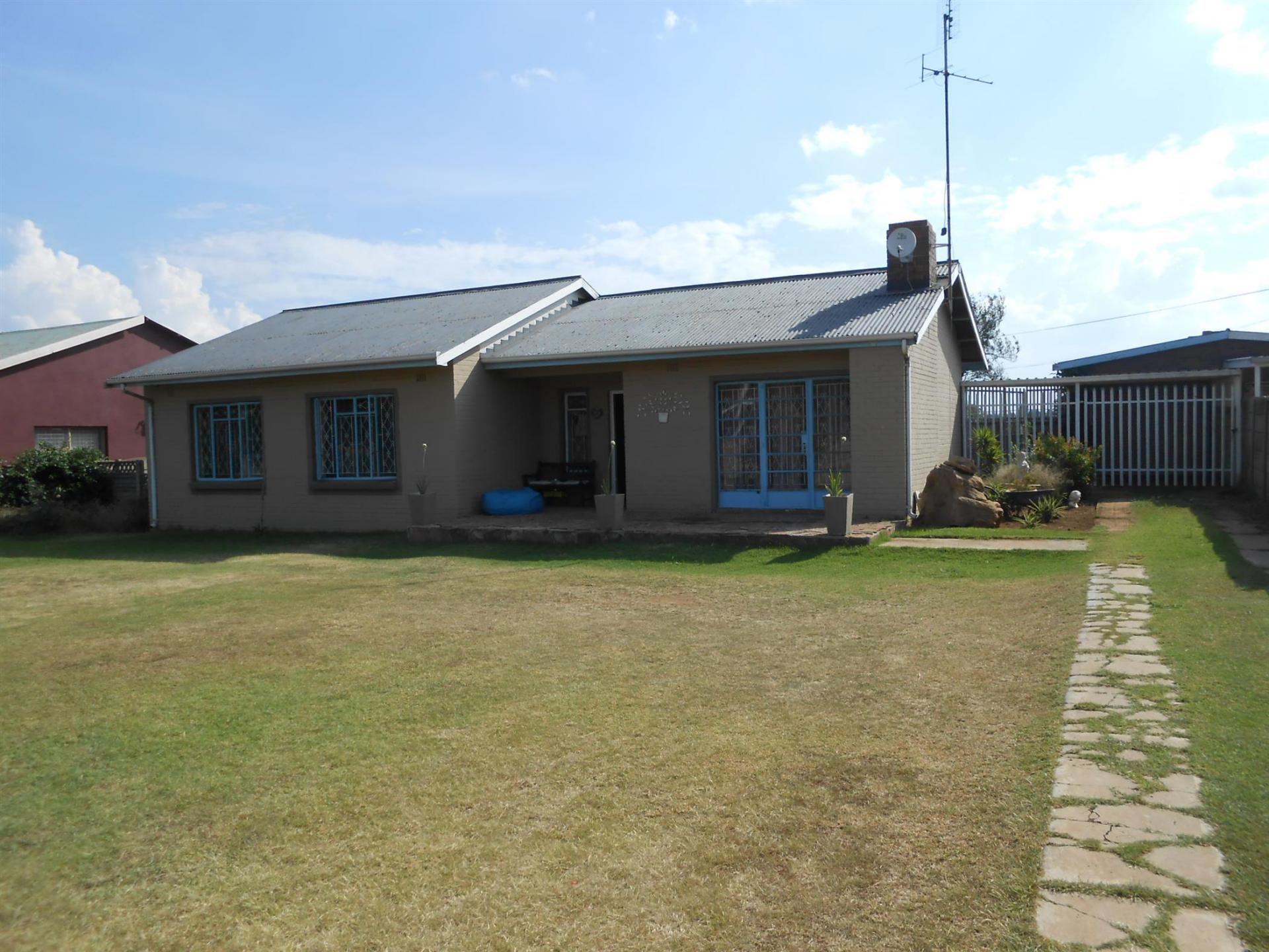 Front View of property in Casseldale