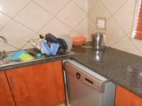 Kitchen - 5 square meters of property in The Reeds
