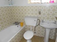 Main Bathroom - 4 square meters of property in Benoni