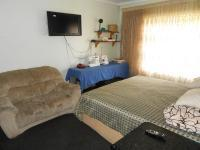 Main Bedroom - 20 square meters of property in Benoni
