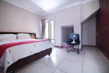 Bed Room 1 - 32 square meters of property in Silver Lakes Golf Estate