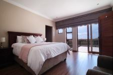 Bed Room 2 - 25 square meters of property in Silver Lakes Golf Estate