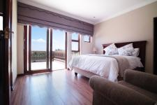 Bed Room 5+ - 19 square meters of property in Silver Lakes Golf Estate