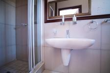 Bathroom 3+ - 3 square meters of property in Silver Lakes Golf Estate