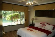 Main Bedroom - 21 square meters of property in Eldoraigne