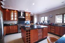 Kitchen - 30 square meters of property in Silver Lakes Golf Estate