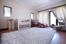 Bed Room 1 - 17 square meters of property in Silver Lakes Golf Estate