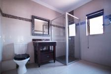 Bathroom 1 - 12 square meters of property in Silver Lakes Golf Estate