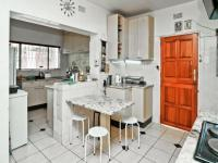 Kitchen - 10 square meters of property in Kew