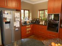 Kitchen - 27 square meters of property in Olympus