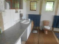 Main Bathroom - 12 square meters of property in Horison