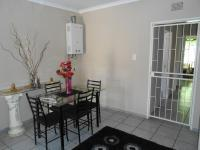 Dining Room - 19 square meters of property in Bonaero Park