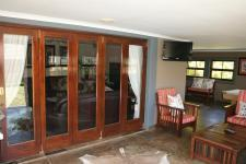 Patio - 123 square meters of property in Mooikloof