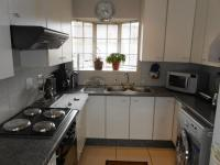 Kitchen - 8 square meters of property in Norkem park