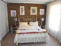 Main Bedroom - 20 square meters of property in Vereeniging