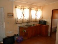 Kitchen - 8 square meters of property in Claremont