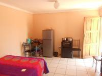 Main Bedroom - 42 square meters of property in Claremont