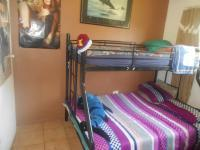 Bed Room 2 - 10 square meters of property in Sophiatown