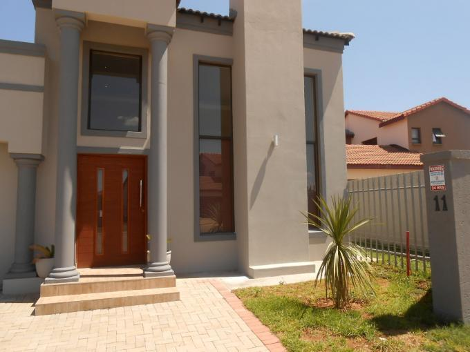 3 Bedroom House for Sale For Sale in Klerksdorp - Home Sell - MR124749