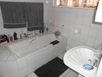 Main Bathroom - 8 square meters of property in Noycedale
