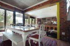 Dining Room - 25 square meters of property in Six Fountains Estate