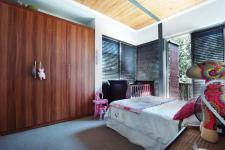 Bed Room 1 - 12 square meters of property in Six Fountains Estate