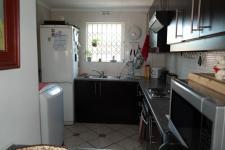 Kitchen - 9 square meters of property in Bloubergrant