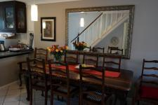 Dining Room - 15 square meters of property in Bloubergrant