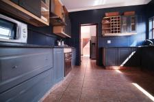 Kitchen - 13 square meters of property in Willow Acres Estate
