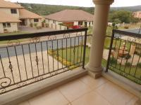 Patio - 61 square meters of property in Pebble Rock