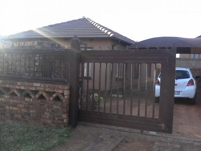 3 Bedroom House For Sale in Soshanguve - Private Sale - MR124862