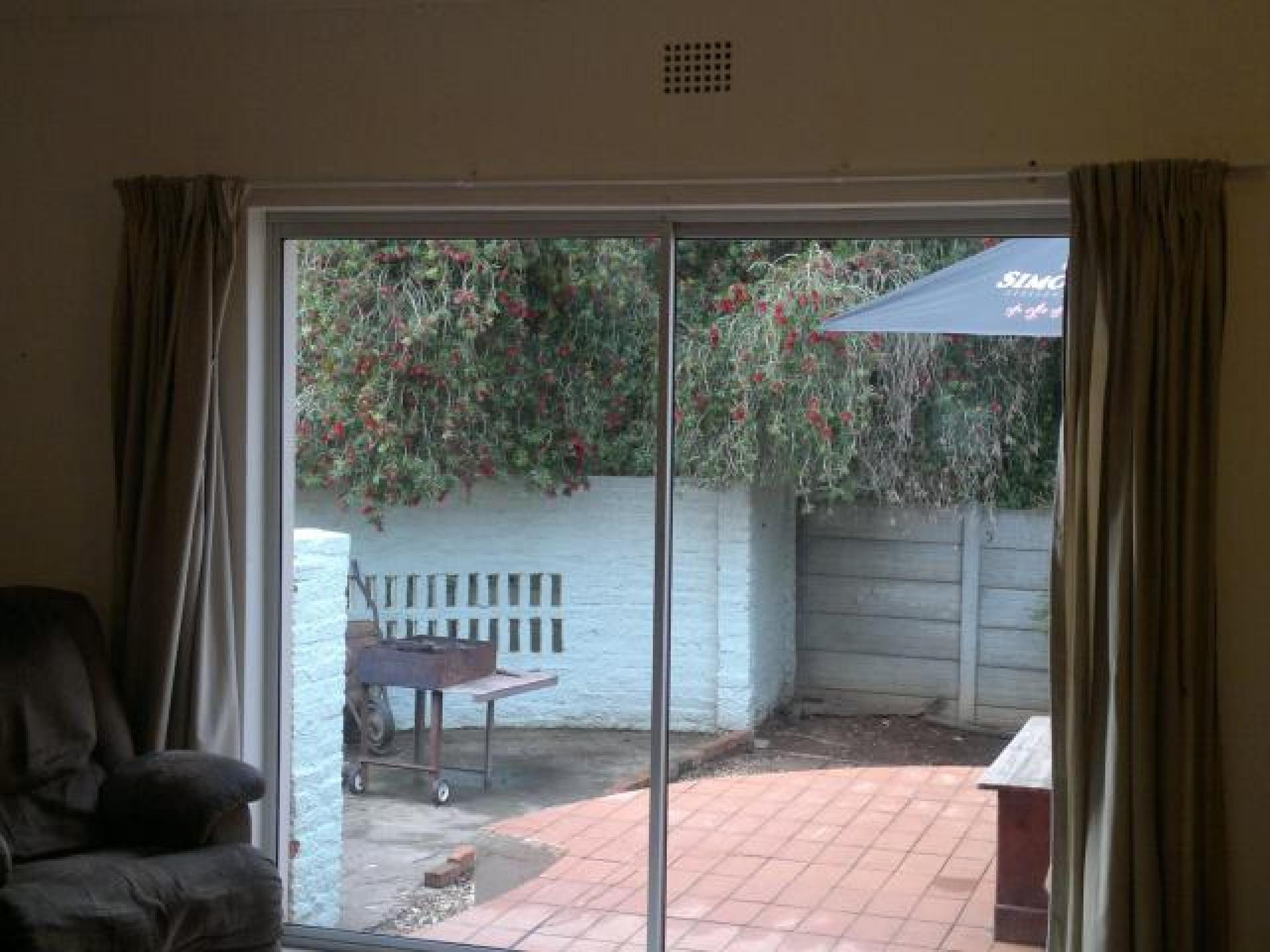 Lounges of property in Riversdale WC