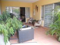 Spaces - 37 square meters of property in Amanzimtoti