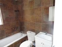 Main Bathroom - 11 square meters of property in Dinwiddie