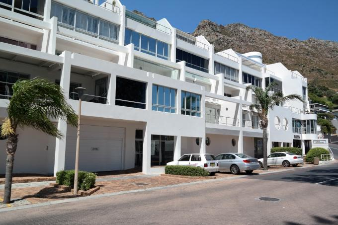 3 Bedroom Apartment for Sale For Sale in Gordons Bay - Home Sell - MR124969
