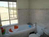 Bed Room 1 - 15 square meters of property in Brookelands Lifestyle Estate