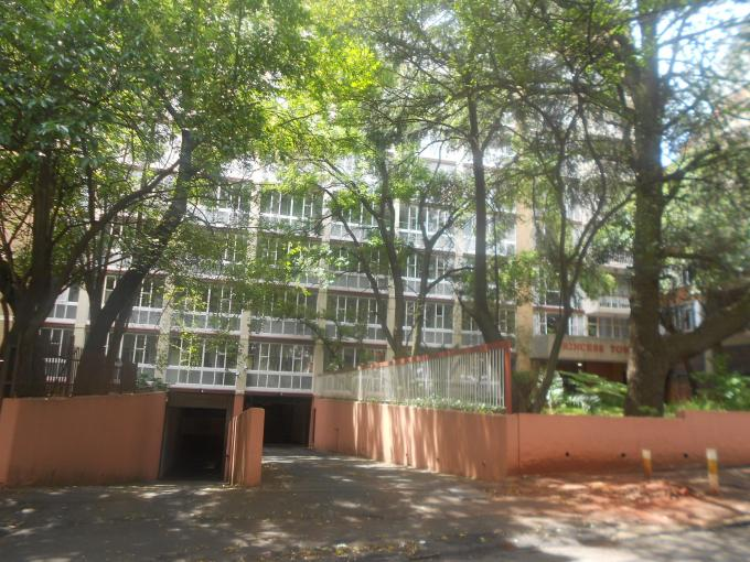 2 Bedroom Apartment for Sale For Sale in Parktown - Private Sale - MR125043