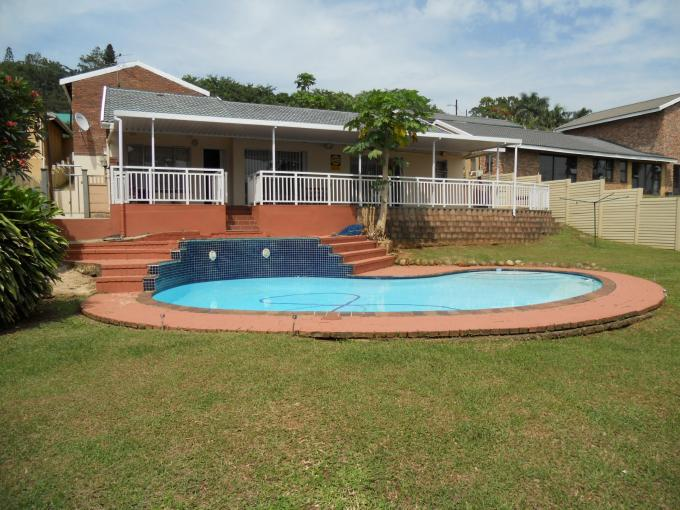 4 Bedroom House For Sale in Queensburgh - Home Sell - MR125047