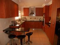 Kitchen - 26 square meters of property in Queensburgh