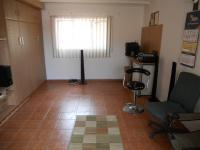 Lounges - 45 square meters of property in Queensburgh