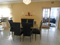 Dining Room - 26 square meters of property in Cresslawn