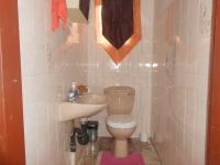 Main Bathroom - 8 square meters