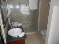 Bathroom 2 - 5 square meters of property in Mossel Bay